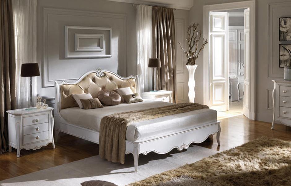 Camera da letto classico moderno finest comodino cassetti for Foto arredamento casa classica